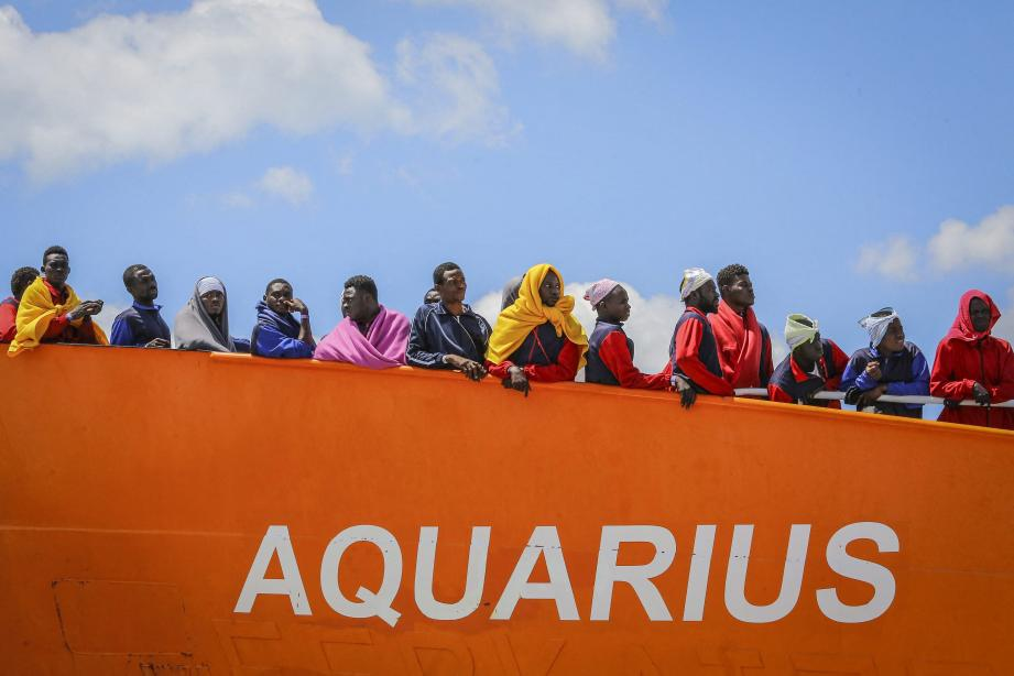 Migranti, Procura di Catania: nave Aquarius mai sequestrata