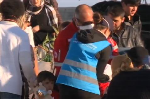Motonave soccorre migranti in Libia e ne porta 167 a Pozzallo