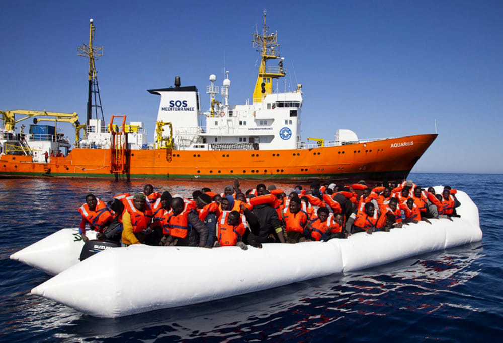 Nave Aquarius salva 122 migranti a largo della Libia