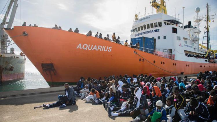 Primo sbarco di migranti a Pozzallo con Salvini ministro degli Interni