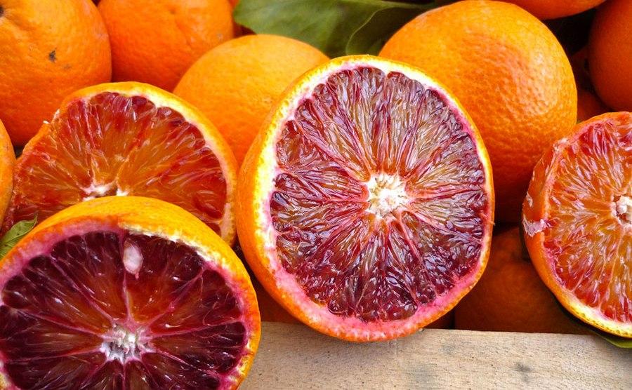 Sbarca in Cina la prima collezione di arance rosse di Sicilia