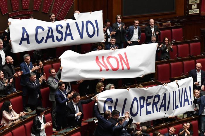 Taranto, ex Ilva presidiata dai lavoratori: sciopero in tutte le fabbriche di Arcelor Mittal