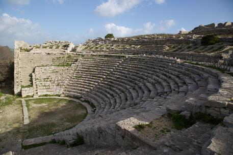 Archeologia, nasce in Sicilia il Parco Archeologico di Segesta