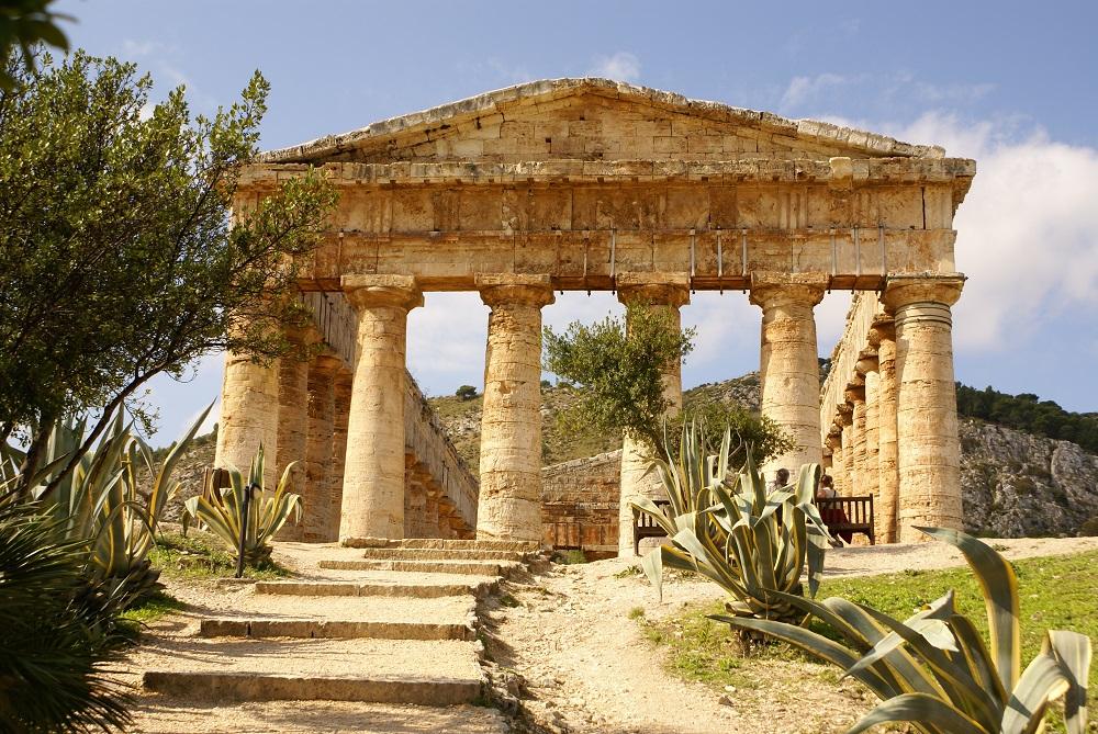 Sicilia, i guardiani del nulla: aree archeologiche chiuse ma dipendenti al lavoro e a rischio