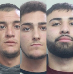 Catania, tentano il furto con spaccata: arrestati