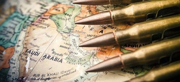 Vendevano illegalmente armi in Medio Oriente, 2 arresti a Roma