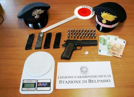 Nascondeva una pistola e 4 caricatori, ventenne arrestato a Belpasso