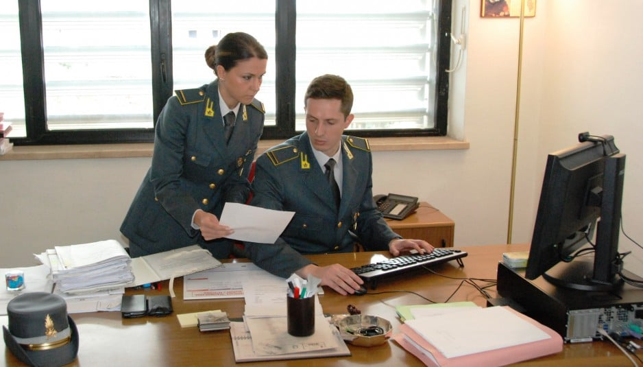 Pilotavano fallimenti, tredici arresti a Crotone