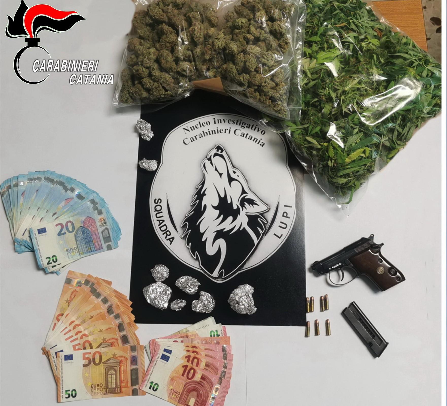 Tremestieri Etneo, carabinieri sequestrano armi e droga: due arrestati