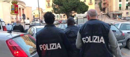 Erano stati espulsi, 6 arresti della polizia a Lampedusa