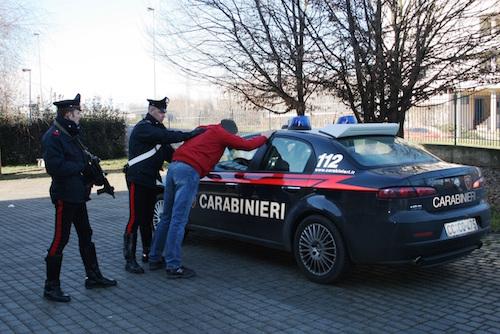 Milazzo, furto aggravato in concorso: due persone arrestate