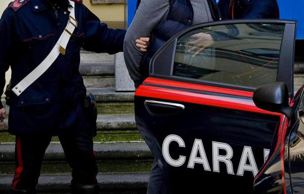 Armi in casa, arrestato un pastore romeno nell'Agrigentino