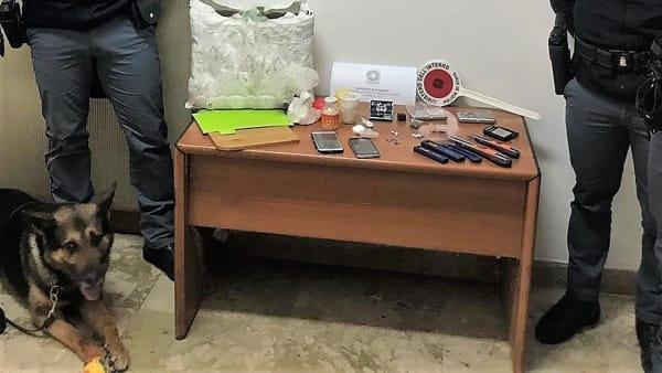 Crack, cocaina e hashish in un sacco della spesa: arrestato a Palermo