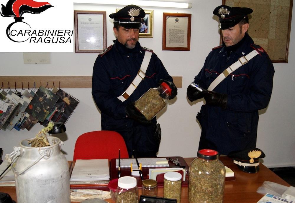Ragusa, gli trovano nel casolare un chilo e mezzo di marijuana