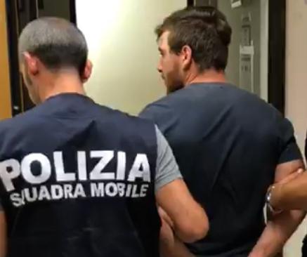 Omofobia, aggredivano e rapinavano i gay: 3 arresti a Vittoria