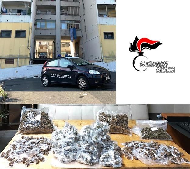 Catania, nascondeva in un tombino 2 chili e mezzo di marijuana: arrestato