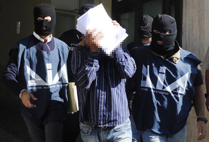 Mafia a Caltanissetta: operazione Polis, ricercato si costituisce