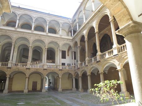 Palermo, deputati all'Ars: domani la cerimonia dell'accoglienza