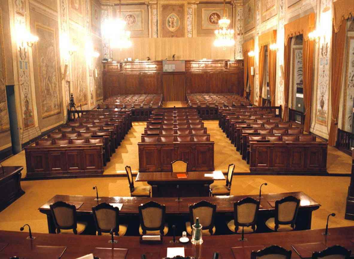 Sicilia, il Governo non è pronto: slitta l'esame della Finanziaria