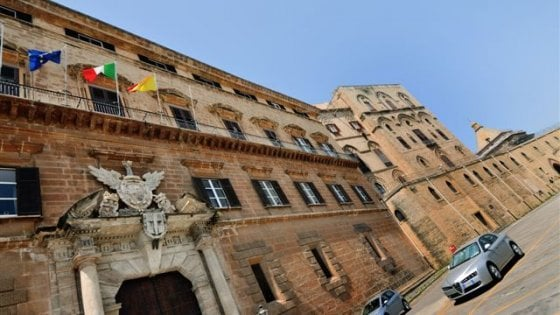 'Spese pazze' all'Ars, la Procura di Palermo chiede sei condanne
