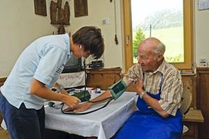 Rosolini, da dopodomani le domande per l'assistenza domiciliare agli anziani