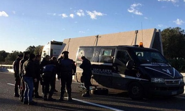 Assaltarono portavalori sulla Lecce - Brindisi, arrestato commando