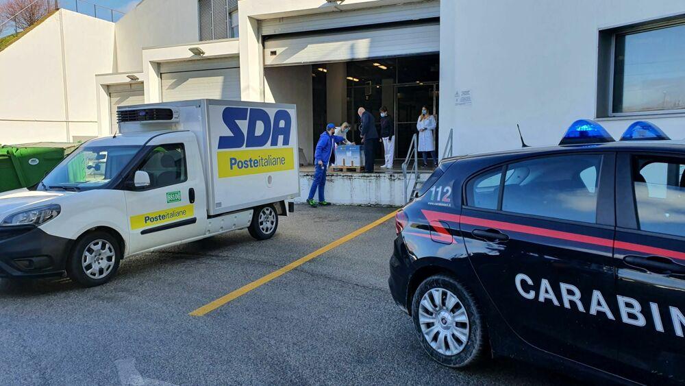 Corriere Sda consegna in Sicilia 46.500 dosi del vaccino di AstraZeneca