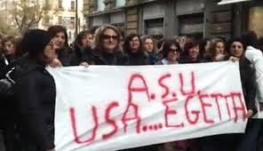 Palermo, 200 lavoratori Asu protestano in piazza del Parlamento