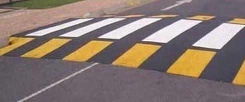 Modica, realizzazione di passaggi pedonali rialzati: disagi per la circolazione