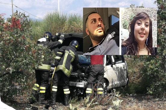 Evita di investire un cane e con l'auto finisce fuori strada: morti due ragazzi a Bronte