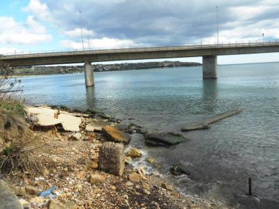 Augusta, i reflui scaricano in mare: interrogazione di Musumeci alla Regione