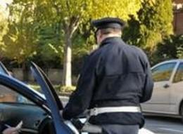 Augusta, diciottenne preso mentre tenta di rubare un'auto