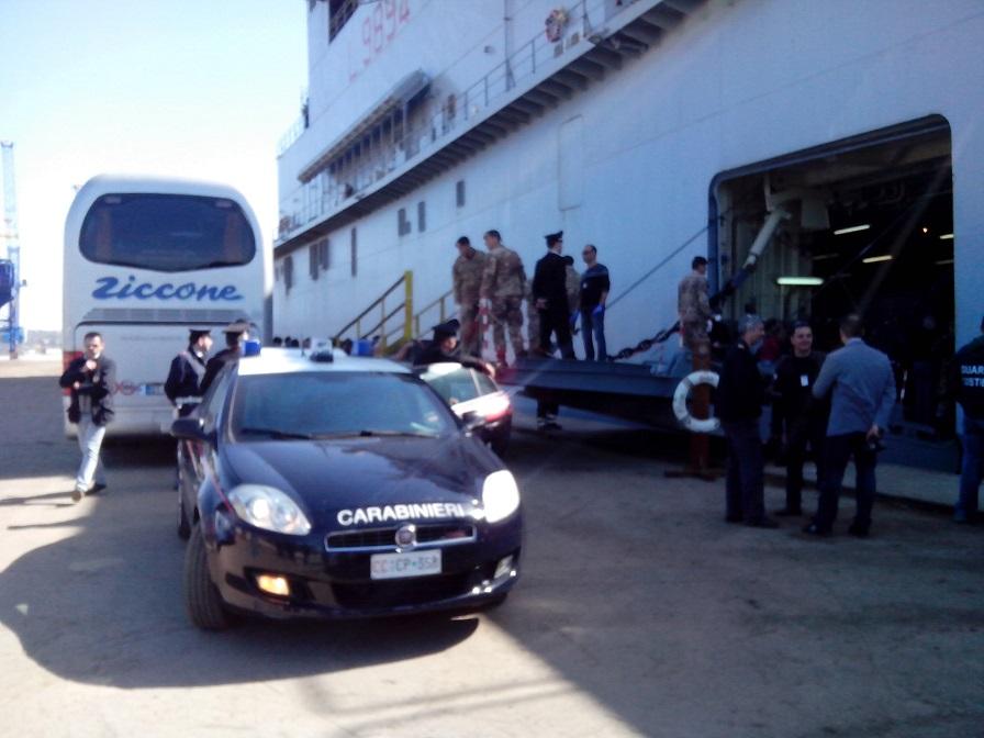 Esodo di migranti in Sicilia, ad Augusta salgono a 5 gli scafisti fermati