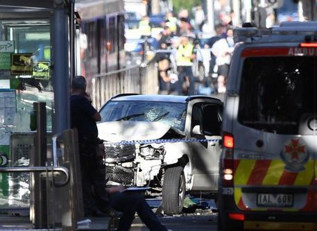 Melbourne, diversi i feriti gravi dopo l'attacco