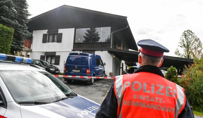 Strage in Austria, uccide la fidanzata ed i suoi genitori: cinque morti