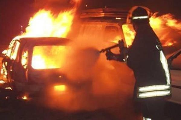 """""""Affaire ambiente"""" a Gela, bruciata auto del commissario liquidatore"""