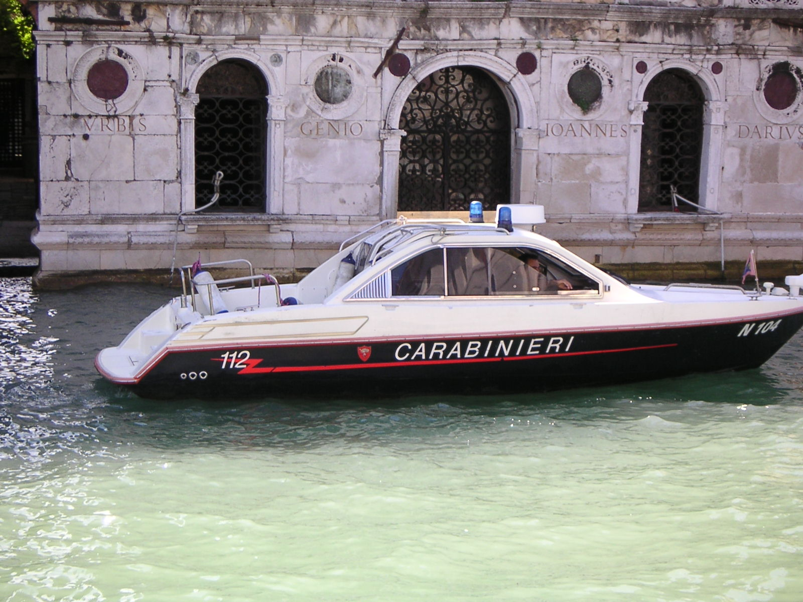 Auto intestate a prestanome, 386 veicoli sequestrati a Venezia
