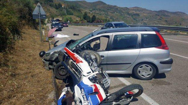 Motociclista di Nicosia muore in un incidente a Mistretta