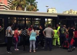 Palermo, Land Rover contro un autobus: venti feriti ma non sono gravi