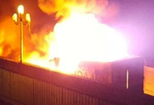 Incendio doloso a Gela, in fiamme un Tir: danni per 100 mila euro