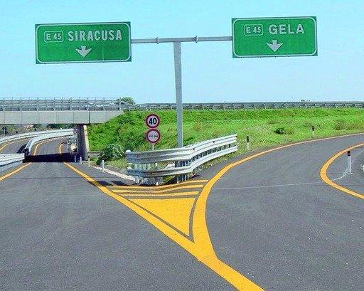 L'autostrada infinita Siracusa-Gela: i ritardi nei lavori arrivano in Parlamento