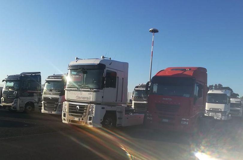 Iniziata a Catania la protesta degli autotrasportatori contro il 'caro navi'