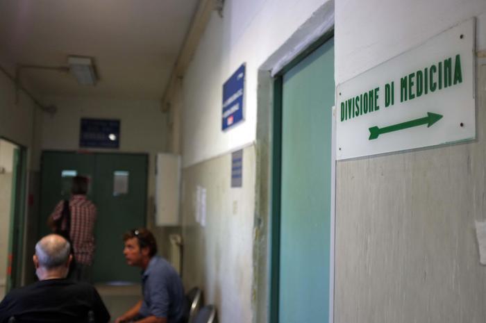 I furbetti del cartellino all'Asp di Avellino, blitz della squadra mobile