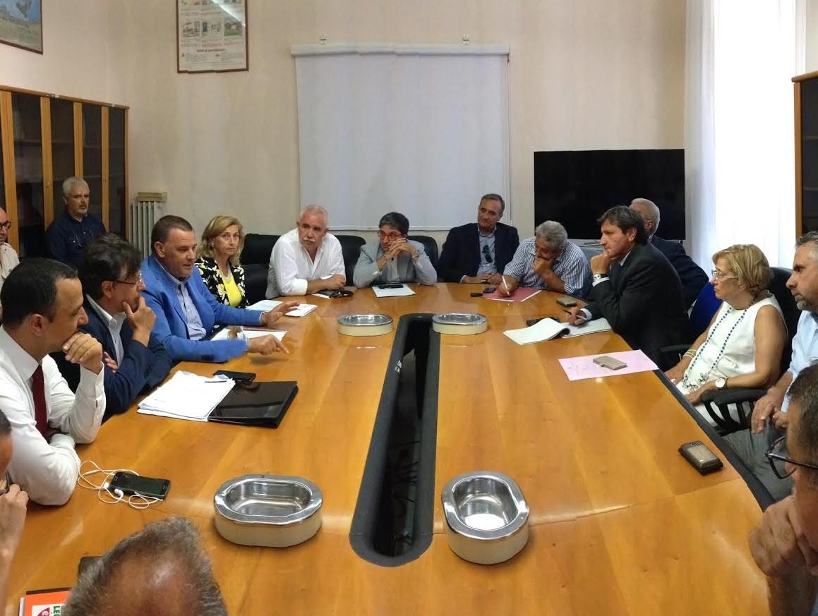 Ragusa, i proprietari di Avimec chiedono garanzie a Stato e Regione per continuare la produzione