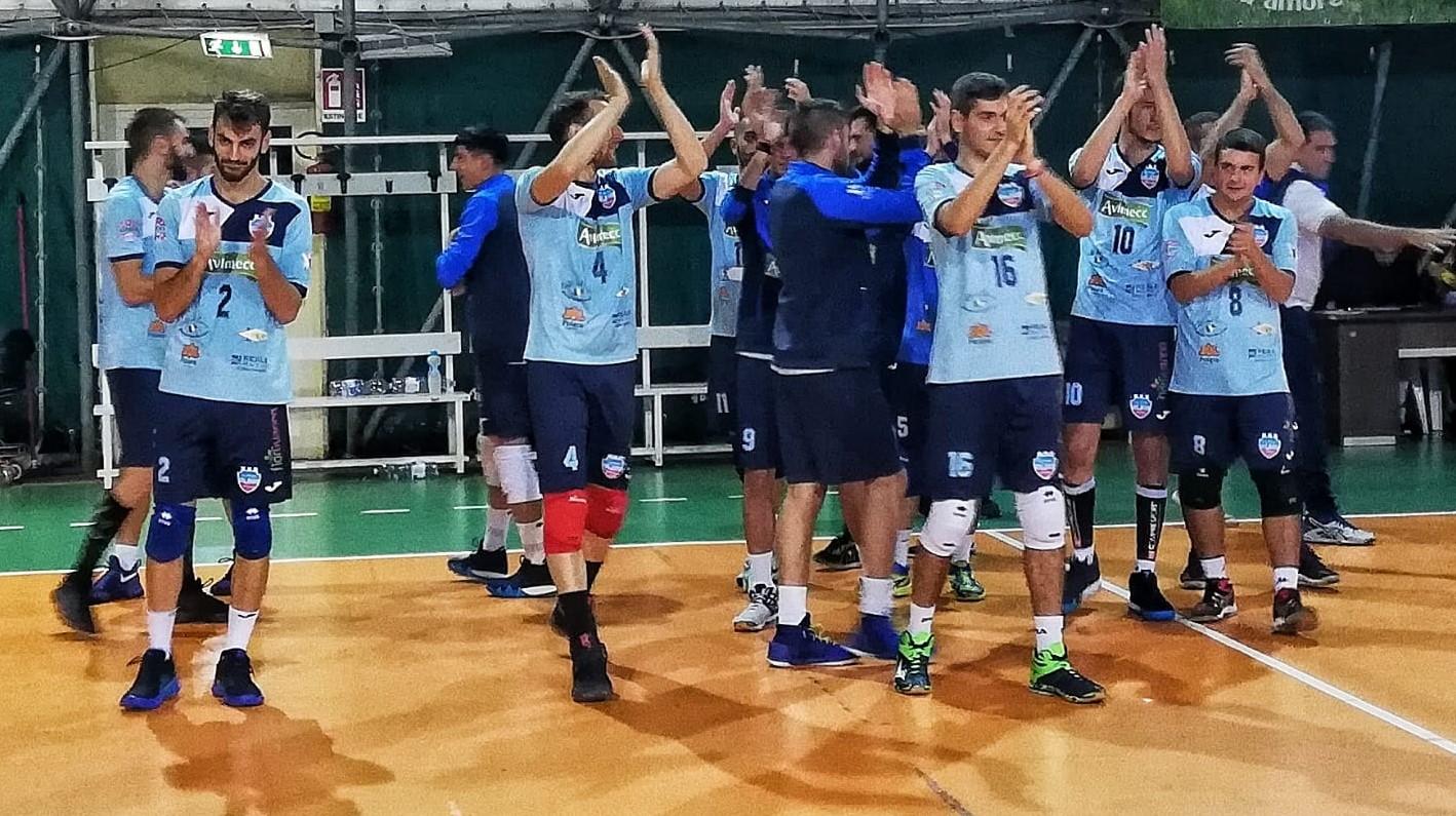 Pallavolo, serie B maschile: la Volley Modica esordisce battendo il Cosenza ( 3 a 0 )