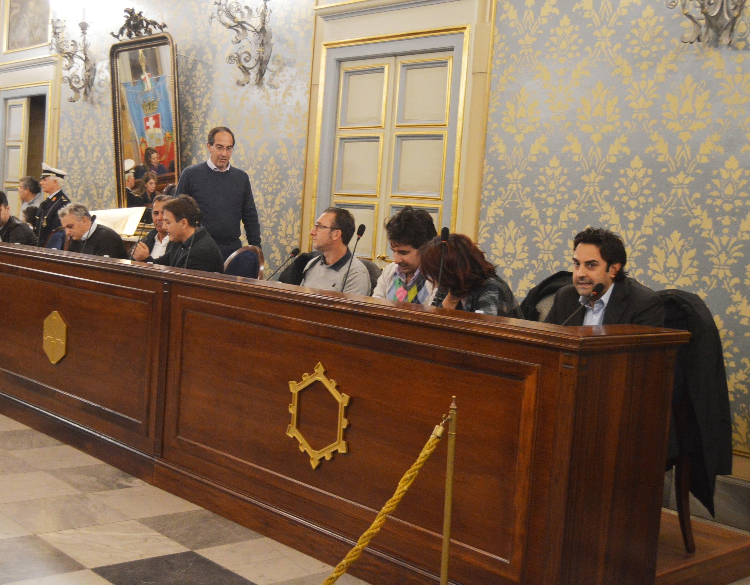 """Avola, 4 dell'opposizione replicano al sindaco: """"Vede complotti dappertutto"""""""