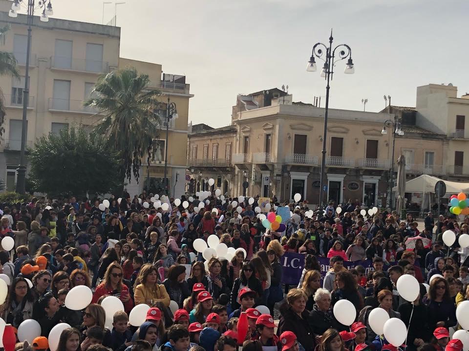 """Avola in piazza per i diritti dell'Infanzia: """"Insieme per i nostri piccoli"""""""