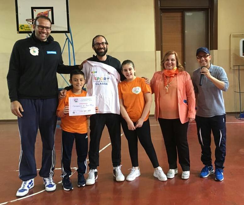 'Sport in classe', manifestazione nella palestra della De Amicis di Avola
