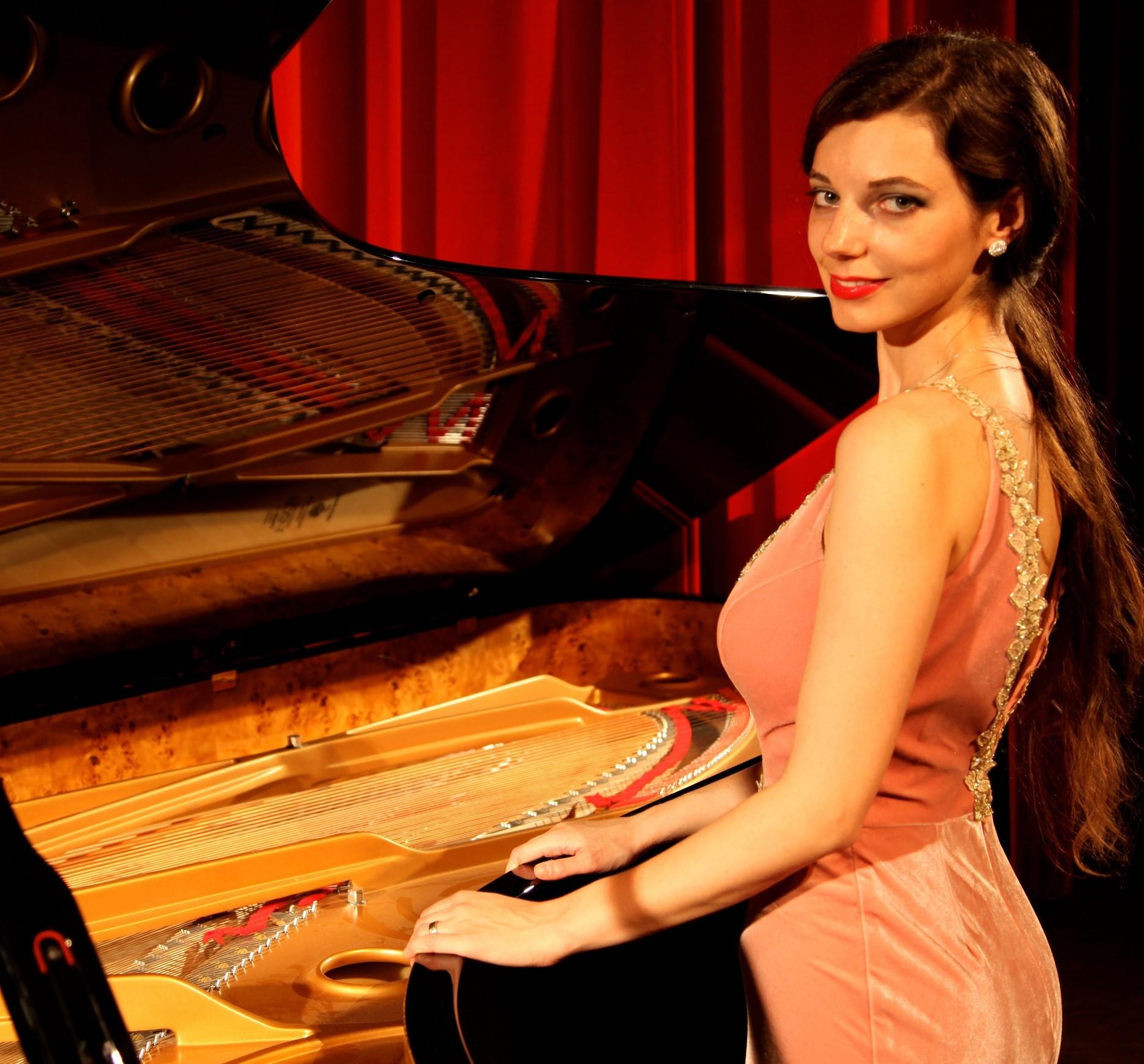Palermo Classica, al chiostro dello Steri concerto della pianista Axia Marinescu