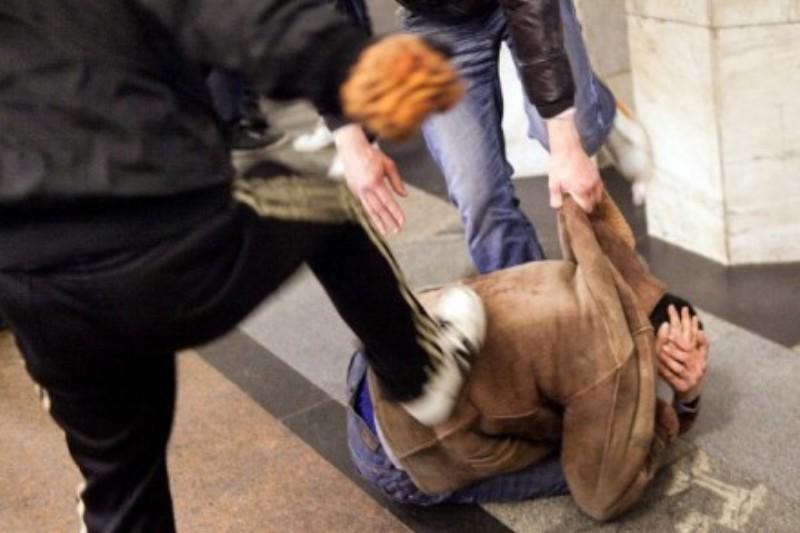 Aggrediscono un ragazzo a Porte di Catania, bloccati bulli minorenni